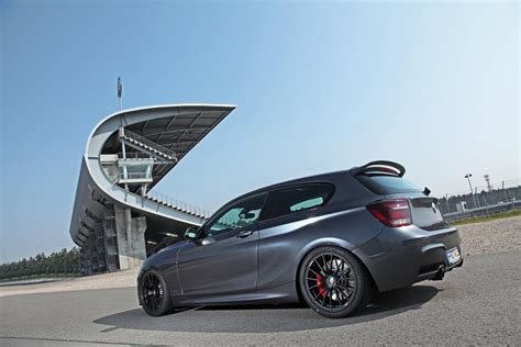 Bmw 1er 118d Test Adac by Bmw M135i And Audi S3 Compete To Win A Playmate S