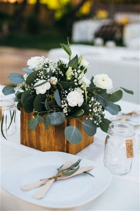 simple centerpiece 25 best ideas about eucalyptus centerpiece on