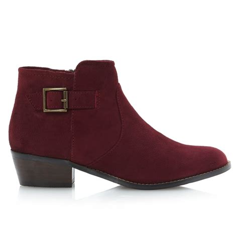 burgundy boots steve madden prizee chelsea ankle boots in burgundy