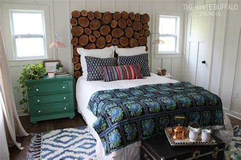 Green Color Decorating Ideas How To Blend Masculine And Feminine Styles In The Bedroom