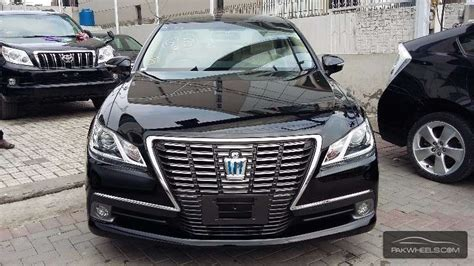 Toyota Crown Royal Saloon Toyota Crown Royal Saloon G 2013 For Sale In Lahore
