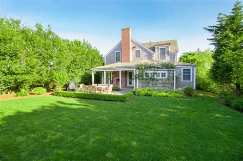 Nantucket Cabin Rentals by Nantucket Vacation Rental At 53 West Chester