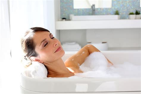 bathtub xxx take a warm bath or shower 25 tips for a better night s