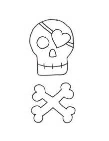 reverse applique tutorial and pirate skull template