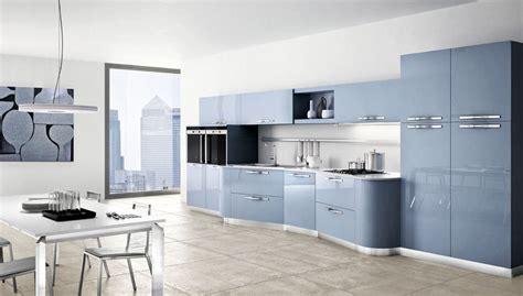 cucina azzurra poltrona da letto