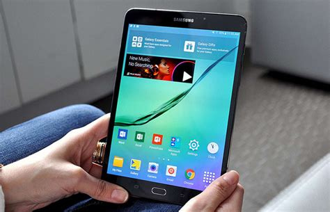 Samsung Tab 8 Inch Second samsung galaxy s2 8 inch review is it for business