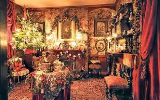 Period Homes And Interiors Magazine deck your halls with period decorations this christmas
