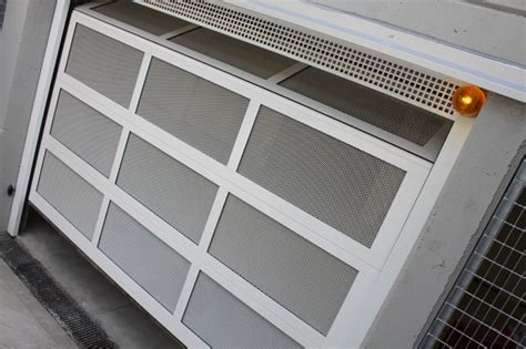 portoni sezionali ditec 120 portoni sezionali ditec in un grande garage