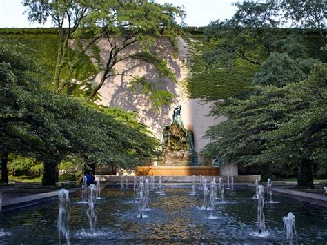 Chicago Gardens by 16 Of Chicago S Greatest Secret Gardens And Park Spaces