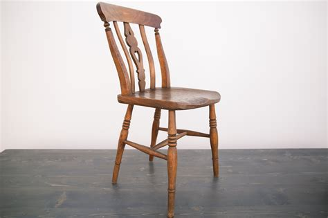 Wooden Chair Rentals by Vintage Wooden Chair Out Of The Dust Rentals