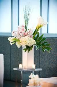 modern flower centerpieces 17 best ideas about modern floral design on