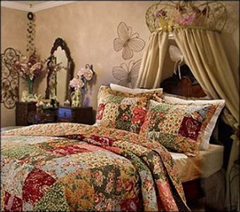 vintage rose bedroom ideas vintage glam style victorian chic victorian style romantic cottage style