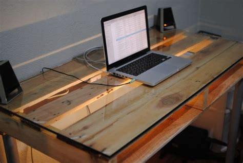 Diy Glass Top Desk Weekend Project 19 Diy Pallet Desks A Way To Save Money And To Customize Your Home Office