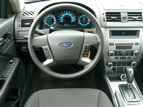 2011 Ford Fusion Se Interior 2011 ford fusion pictures cargurus