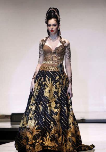 desain gaun batik elegan 50 gambar model baju kebaya pengantin elegan dan modern