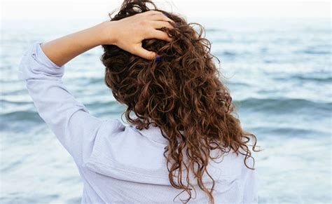 Curly Hair Shedding by Excessive Hair Shedding When It S Time To See Your Doctor