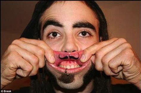 cool lip tattoos 126 lip tattoos not for the faint of