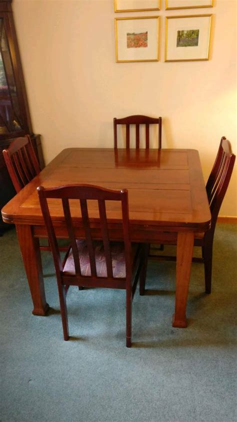 mahogany dining room table and 8 chairs free 8 seater extendable solid mahogany dining room table