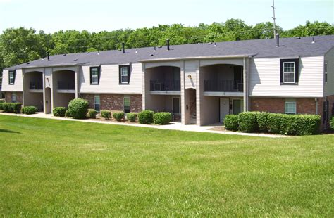 2 bedroom apartments in springfield ohio red coach village apartments in springfield oh