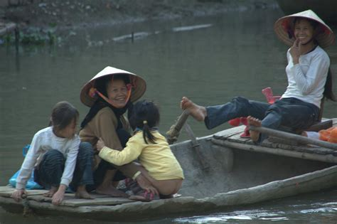 girl dancing on boat with kid flickr kid girl peeing images usseek