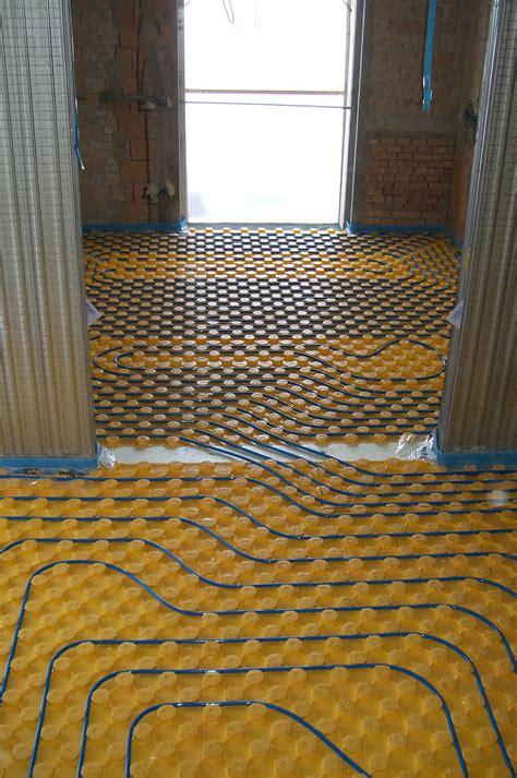 condizionamento a pavimento pannelli a pavimento impianti idrotermosanitari