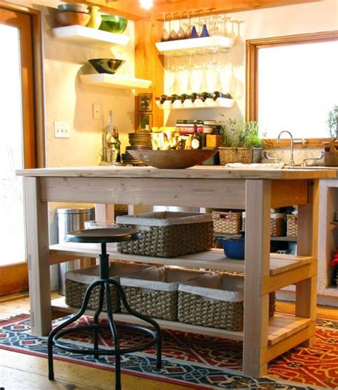 inexpensive kitchen island ideas best 25 cheap kitchen islands ideas on pinterest build