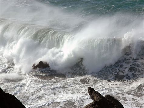 wavestormthegrease com wallpapers storm waves wallpapers
