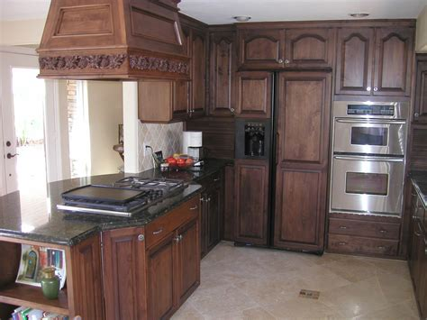Kitchen Oak Cabinets by Home Design Ideas Oak Kitchen Cabinets Design Ideas