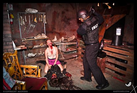 adult haunted house extreme haunts chambers of horror theme park university