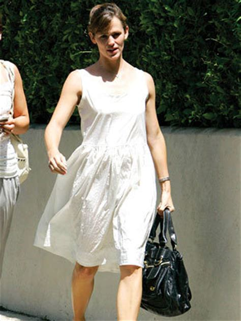 Halle Berrys Ysl Tribute Flat Tote by It Bags Instyle