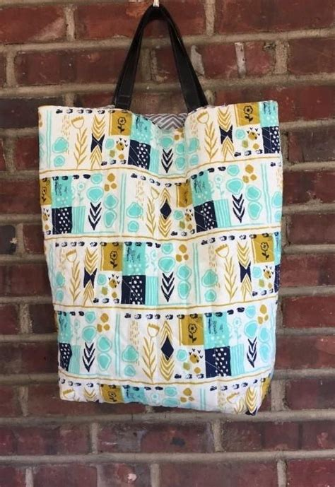 avon quilted pattern tote bag large quilted tote bag free pattern bags and purses
