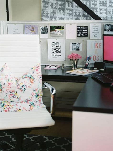 cubicle chic best 25 chic cubicle decor ideas on pinterest decorating work cubicle office desk
