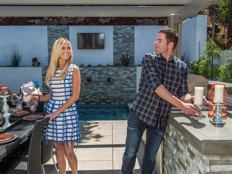 tarek and christina house flip or flop selling summer premieres at no 1 hgtv s