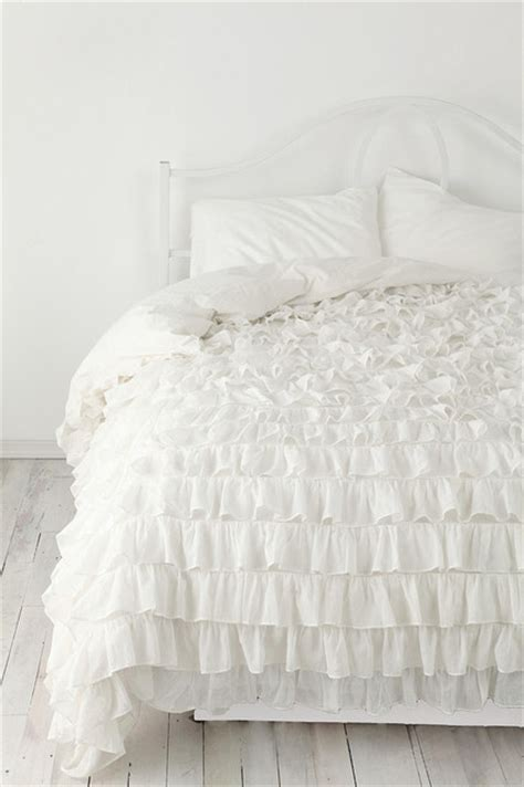 Ruffle Bed Set Waterfall Ruffle Duvet Cover Eclectic Duvet Covers And Duvet Sets By Outfitters