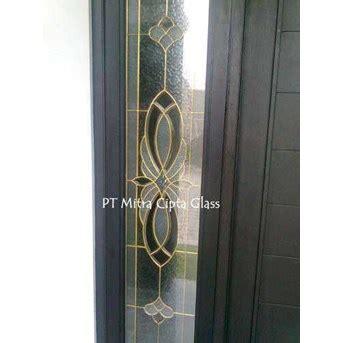 Kaca Cermin Yogyakarta jual kaca patri kaca grafir kaca painting kaca inlay