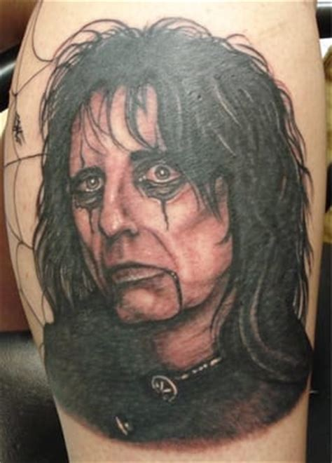 tattoo bypeter cavorsi yelp alice cooper tattoo done by peter photelo yelp