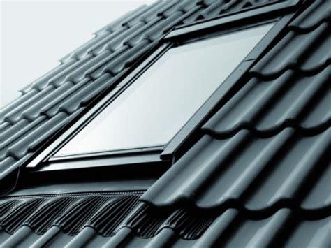 Dachfenster Mit Rolladen 116 by Fenster Und Andere Baumarktartikel Velux