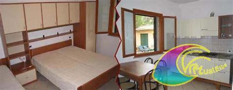appartamenti lacona appartamenti bungalow lacona sono due piccoli residence