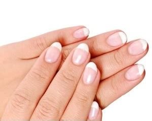 And Nail Care Do And Dont For Healthy by Fingernails Do S And Don Ts For Healthy Nails
