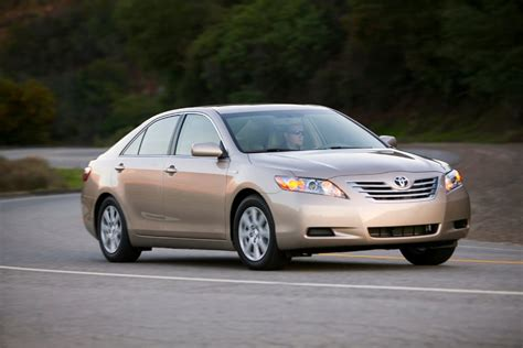 2008 Toyota Camry Review 2008 Toyota Camry Hybrid Reviews Specs And Prices Cars