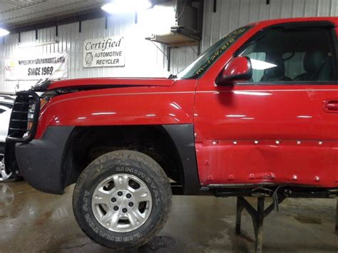 car manuals free online 2003 chevrolet avalanche 1500 windshield wipe control service manual 2003 chevy avalanche 1500 power 2003 chevy avalanche 1500 rear door window