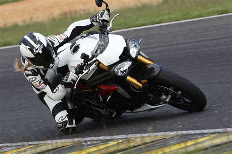 Triumph Motorrad 250ccm by Triumph Speed Triple R Bilder Und Technische Daten