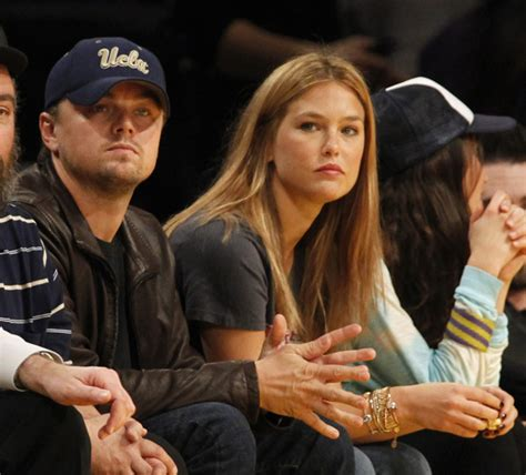 leonardo dicaprio wife leonardo dicaprio back with bar refaeli at lakers game