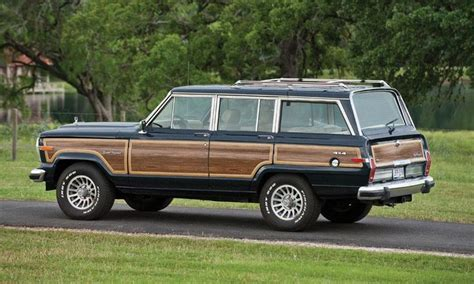 1990 jeep wagoneer interior 1990 jeep grand wagoneer wants n needs pinterest