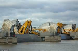 thames barrier storm surge coastal towns swed across britain after worst tidal