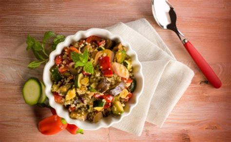 quinoa in cucina cucinare con la quinoa tante ricette facili veloci e