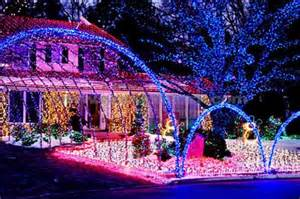 Most Beautiful Christmas Decorated Homes Beautiful Pictures Images Christmas Lights Wallpaper And