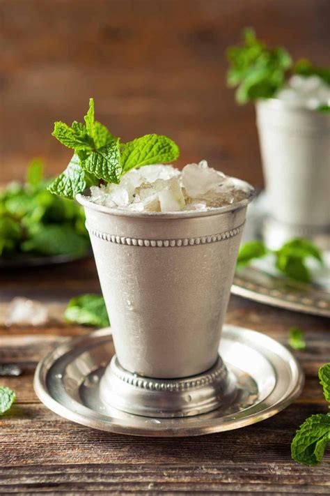 mint julep cocktail mint julep recipe dishmaps