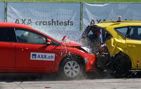beautiful accident 1000 beautiful car crash photos 183 pexels 183 free stock photos