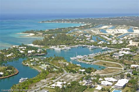 lyford cay club lyford cay club marina in nassau bahamas
